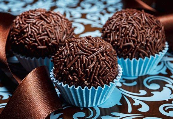 Brigadeiros de chocolate negro